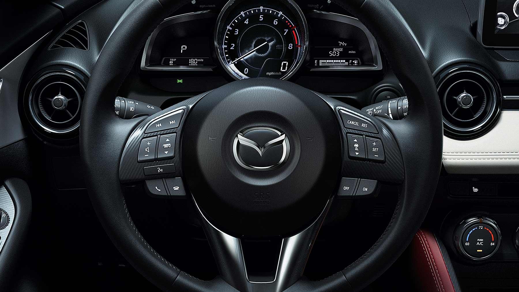 Mazda CX-3 2017, volante