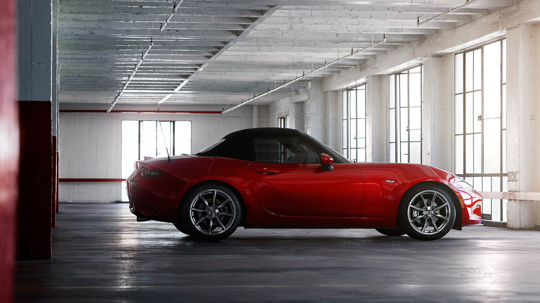 mazda mx 5 miata convertible 2017 fotos y videos mazda usa. Black Bedroom Furniture Sets. Home Design Ideas